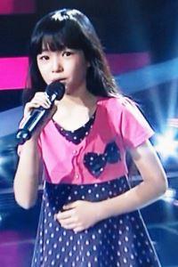今タイで可愛いと話題の日タイハーフの女の子アリサちゃん