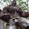 タイの鉄人が作る超人ハルクは迫力ハンパない