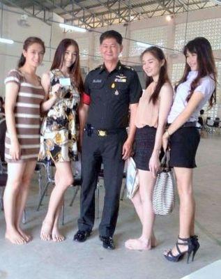 タイの徴兵くじ引き