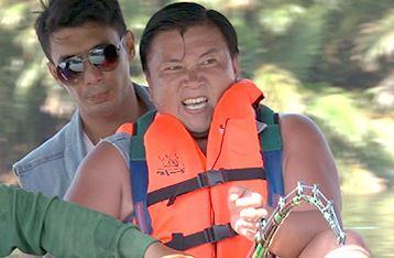 タイで撮影された水面に浮かび上がる未確認生物とは?~今夜の「世界行ってみたらホントはこんなトコだった!?」